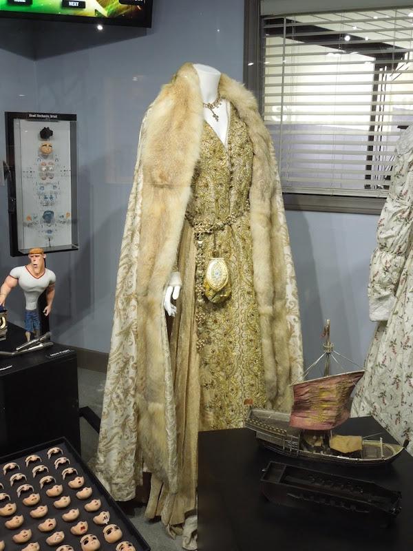 Lea Seydoux Robin Hood Isabella of Angouleme costume