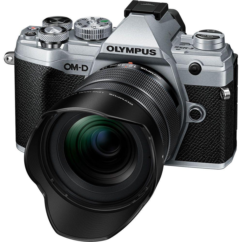 Объектив Olympus M.Zuiko 12-45mm f/4 Pro с камерой Olympus