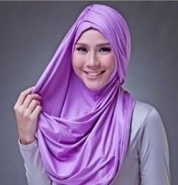 Tutorial Memakai Hijab Pashmina Kaos Simple Terbaru