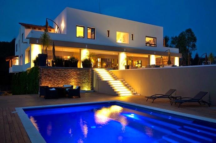 Inaugura compadre de Pea Nieto hotel de lujo en Ixtapan