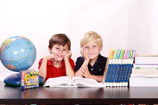 Anak belajar online