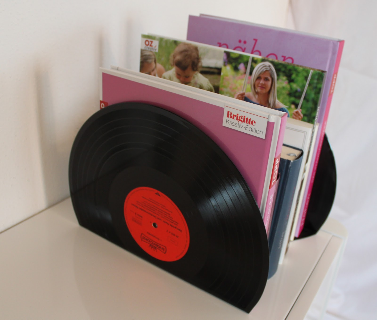 Buchstützen Selber Machen Aus Alten Schallplatten