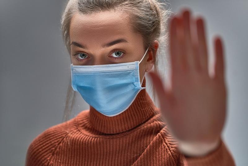 Covid-19'u basit bir grip gibi geçirmek mümkün ama..