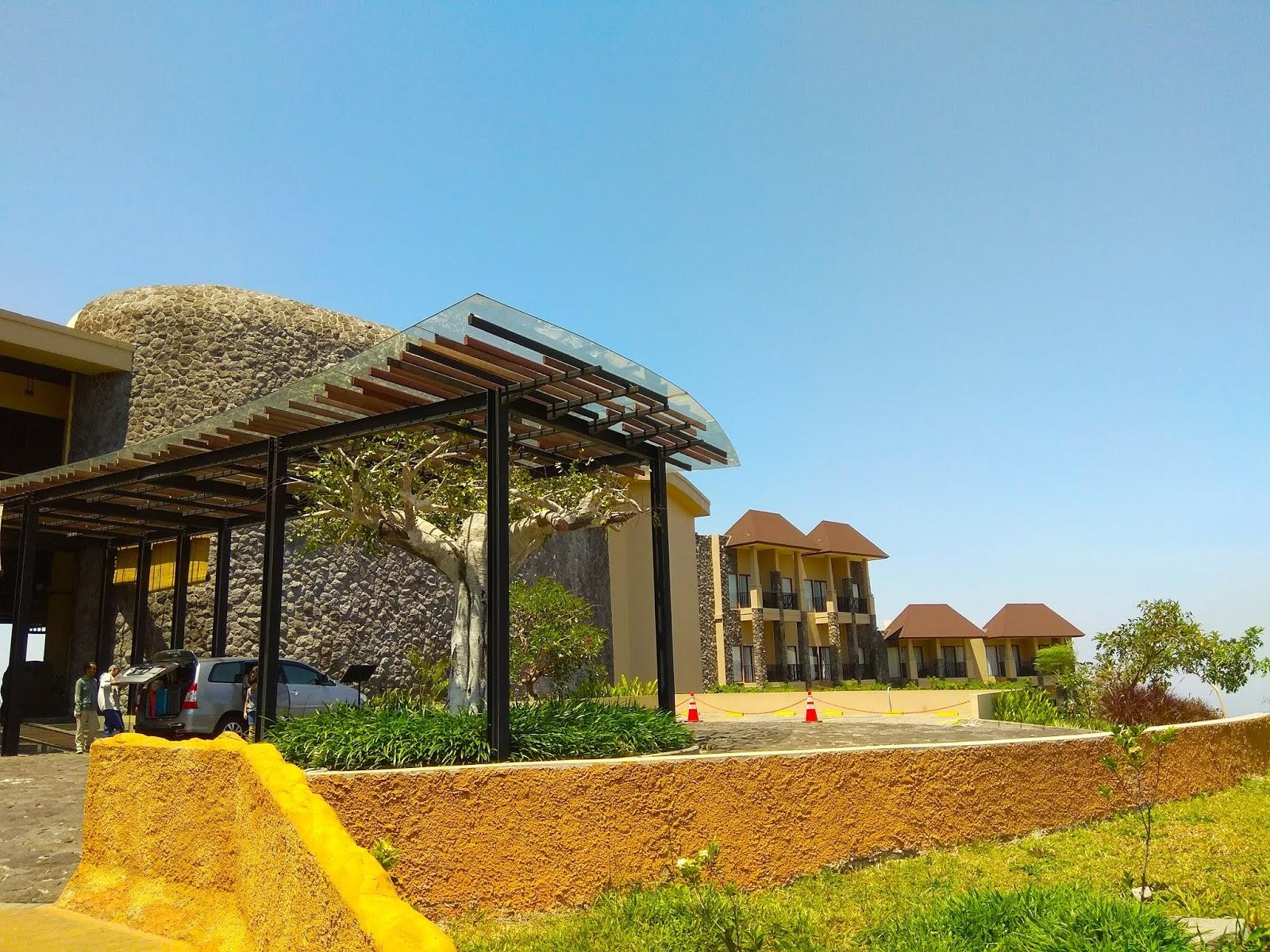 Staycation Dengan Suasana Afrika Di Baobab Safari Resort Prigen Voucher Hotel Ini Adalah Penginapan Milik Taman Pasuruan Konsep Jadi Area Ada Beberapa Hewan Liar Yang