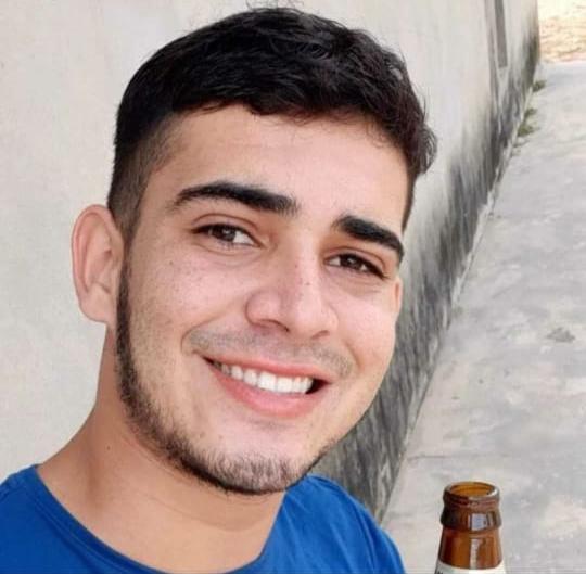 Jovem é assassinado dentro de casa em Santa Quitéria