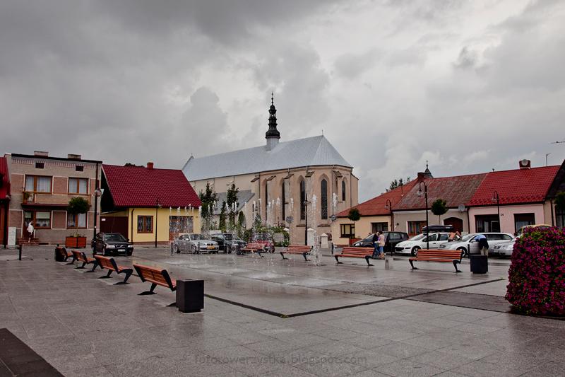 Bodzentyn, rynek, kościół parafialny, świętokrzyskie, góry, Świętokrzyski Park Narodowy