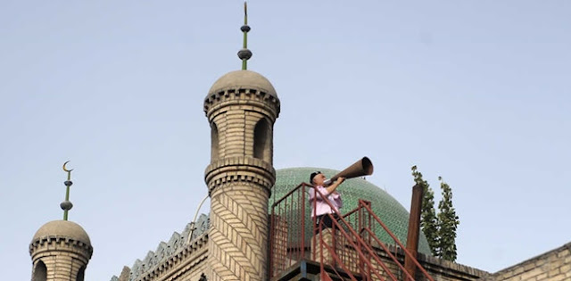Pejabat Xinjiang Bantah Rumor Penghancuran Ribuan Masjid Dan Larangan Ibadah Haji Bagi Umat Muslim