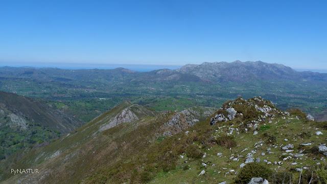 Sierra del Sueve desde El Pico Torre - Piloña - Asturias
