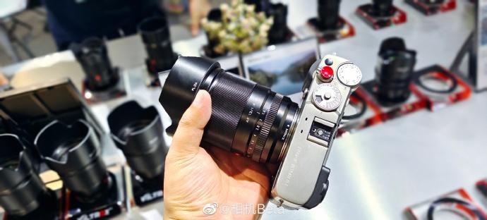 Объектив Viltrox 13mm f/1.4 с камерой Fujifilm