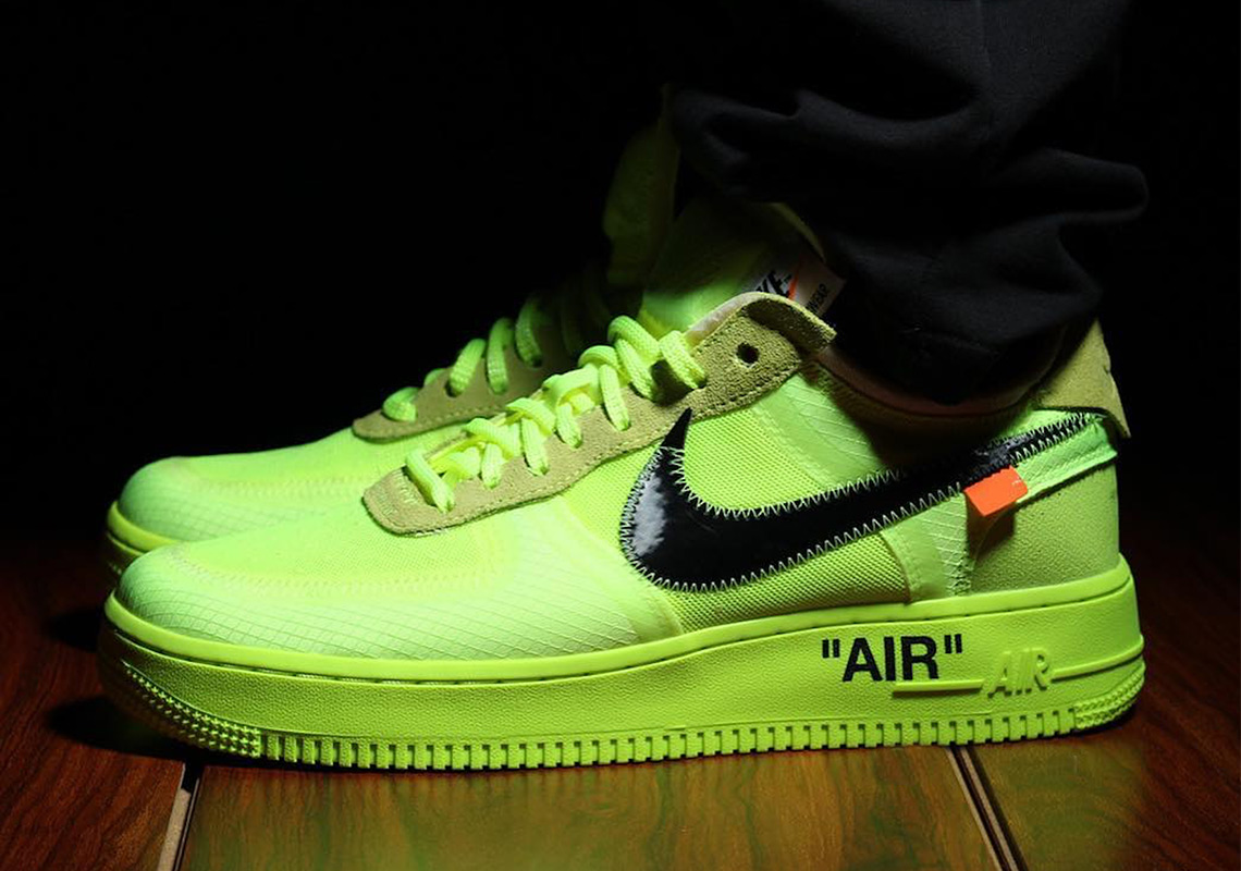 Off White Nike Air Force 1 Low Black + Volt Info