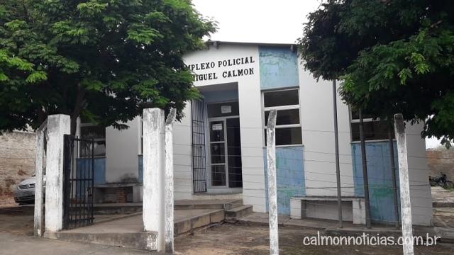 Três presos fugiram da delegacia de Miguel Calmon na madrugada deste domingo (27)