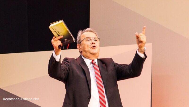 Pastor brasileño Samuel Camara