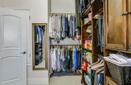 Clean out your Closet & Refresh Your wardrobe: