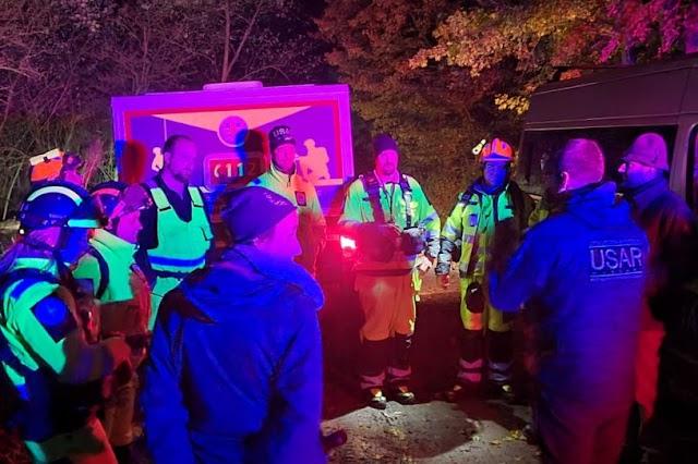 Eltévedt túrázókat, egy nőt és két kisgyerekét mentették meg a speciális mentők