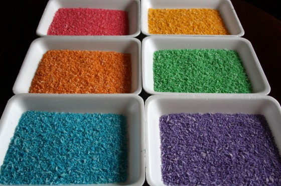 How to dye rice for sensory play
