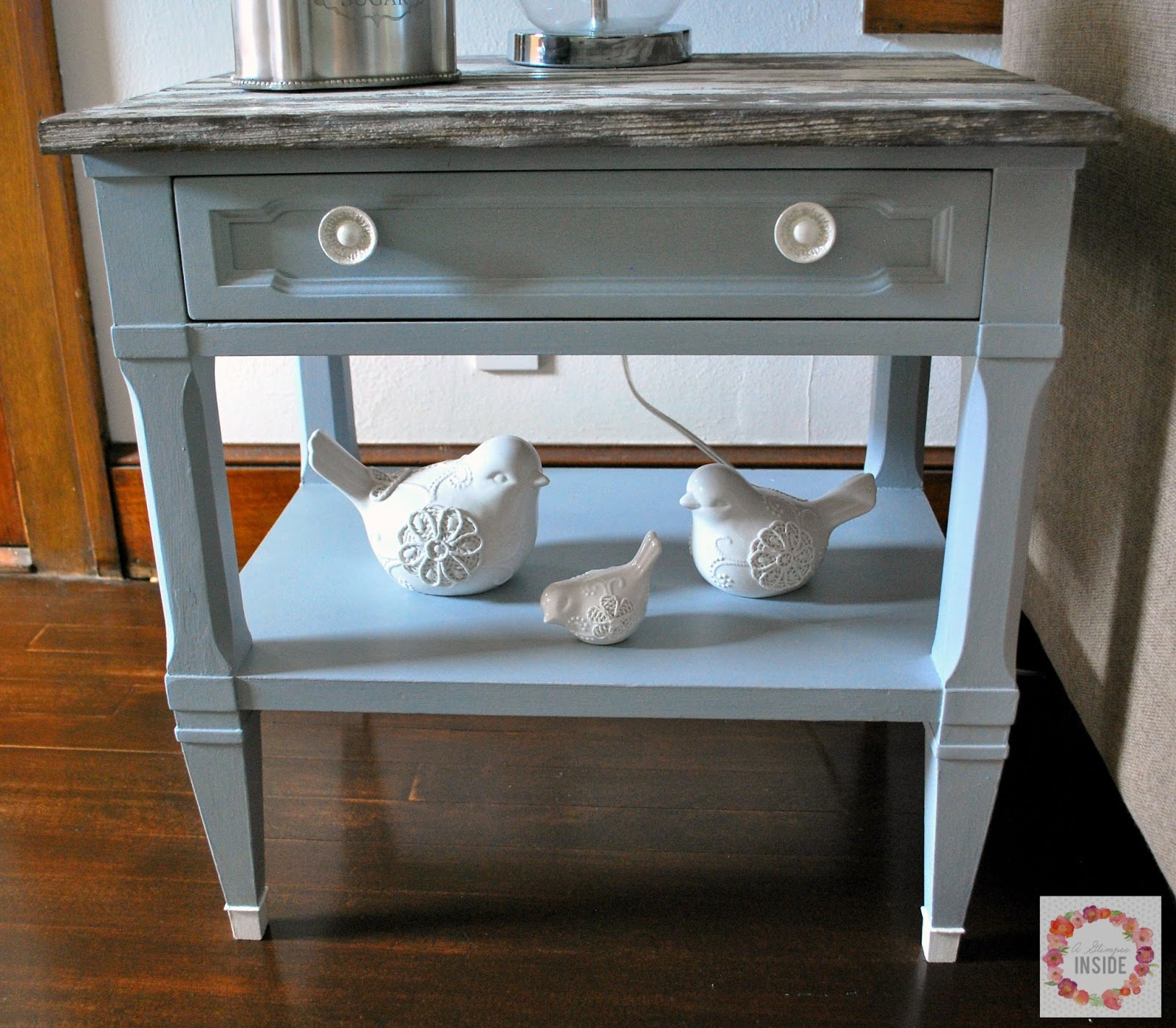 http://www.aglimpseinsideblog.com/2015/09/quick-end-table-makeover.html