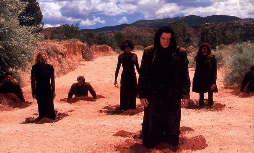 AMC+ покажет хоррор-сериал Firebite про австралийских пустынных вампиров