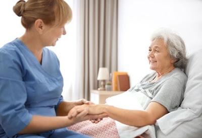 Komunikasi Terapeutik (Pengertian, Fungsi, Karakteristik, Prinsip dan Teknik)