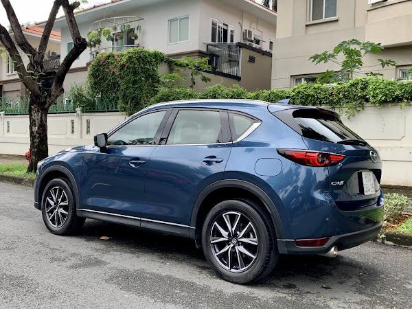 z2126669070471 16ef6710abcc00bbc5a9b2d72aa8c5c6 Mazda CX 5 2.0L sx 2018 một đời chủ duy nhất, mới đi được 35.000km