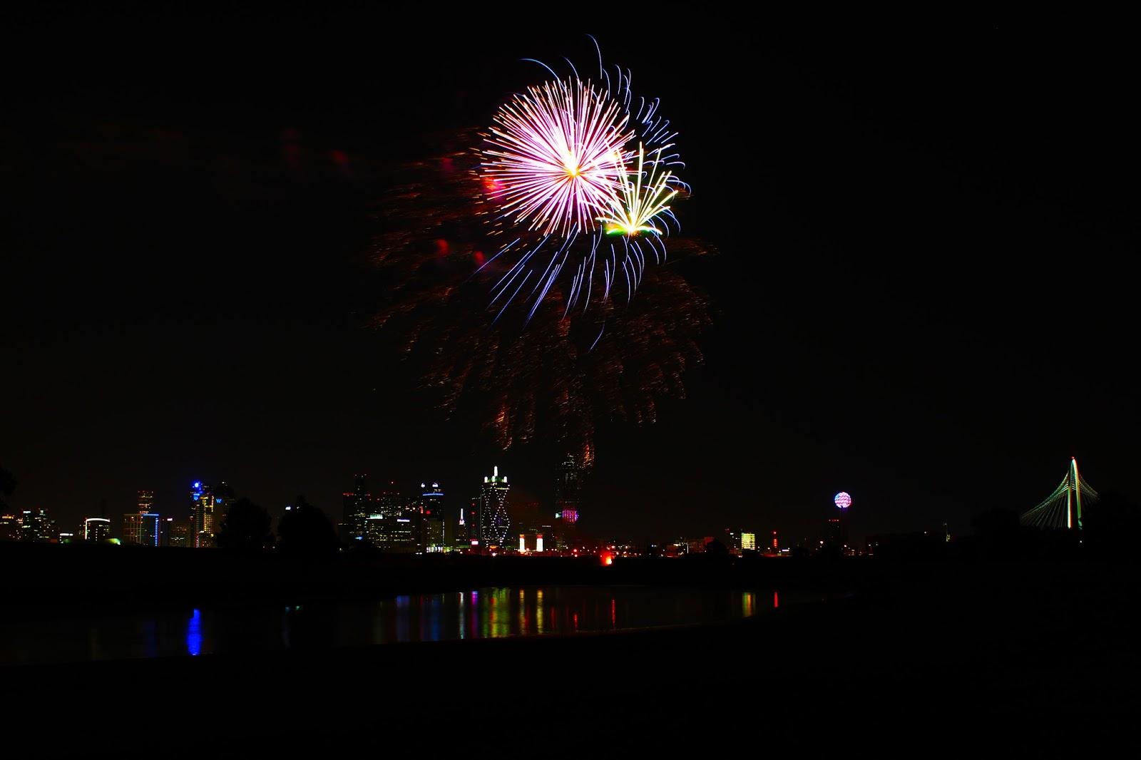 Dallas Trinity Trails: Fireworks Over Dallas -- Megafest