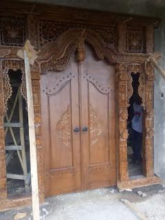 Jual Ukiran Gebyok Bali di Pacitan