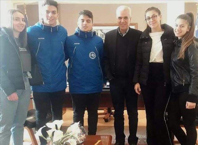 Μαθητές του της Γ Λυκείου Σουφλίου  συναντήθηκαν με τον Δήμαρχο Σουφλίου , Κ. Καλακίκο Παναγιώτη