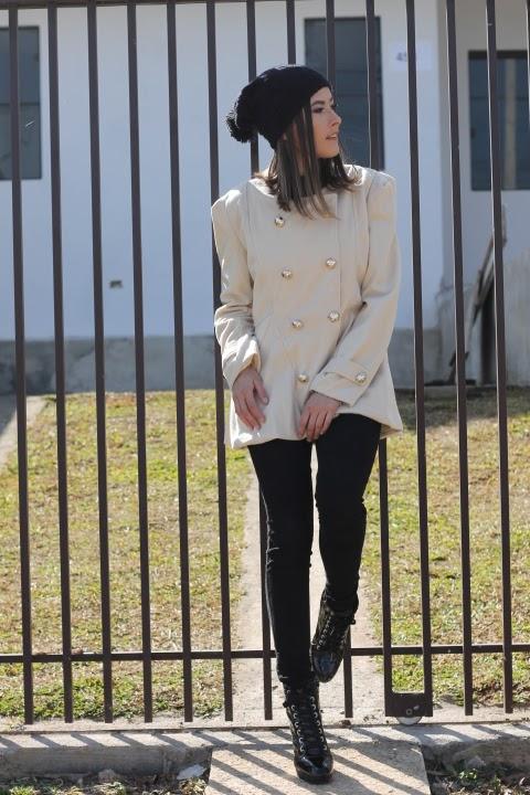 Look Casaco de botões + coturno - Ally Arruda