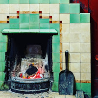Ireland Photos: fireplace at the Castle Inn in Cork City
