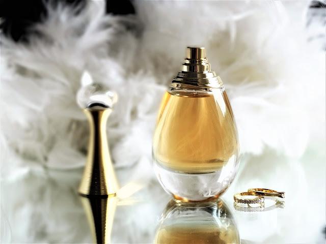Dior J'Adore Absolu avis, j'adore absolu dior, avis J'Adore Absolu Dior, avis parfum j'adore absolu, revue j'adore absolu dior, revue parfum dior, dior j'adore asbolu review, j'adore eau de parfum absolue, parfum femme dior, dior j'adore avis, j'adore absolu edp, j'adore absolu avis