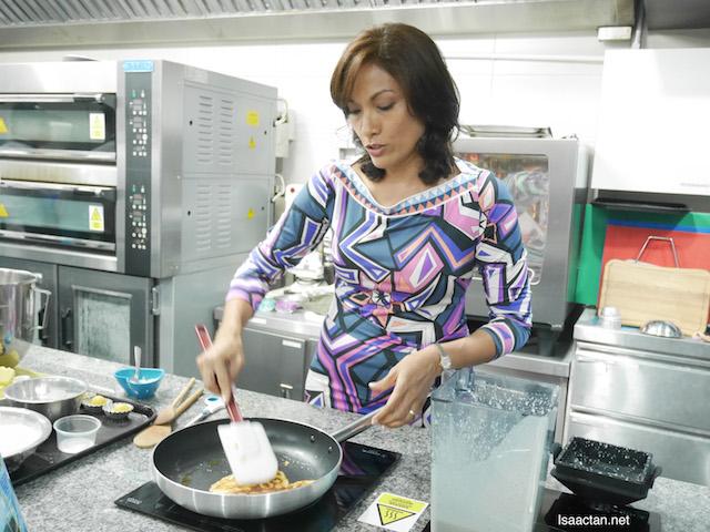 Ms Indra Balaratnam (Consultant Dietitian)