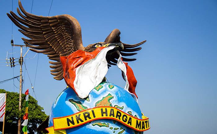 Tugu Perbatasan Garuda Perkasa; Pulau Sebatik, Kalimantan Utara
