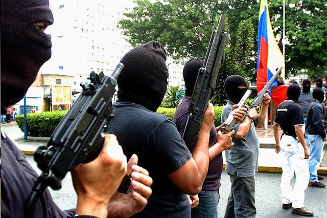http://1.bp.blogspot.com/-o-qPkisQTAE/VEpmrH3Rj4I/AAAAAAAAC6E/oFecOsVmVz0/s1600/colectivos-armados%2B(1).jpg