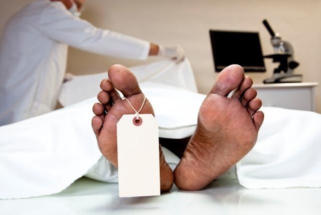Terhitung sejak Agustus 2015, belasan warga Banjarbaru meninggal karena penyakit menular HIV/AIDS.  Komisi Penanggulangan AIDS (KPA) Banjarbaru merilis sejak Agustus 2015 sedikitnya tercatat sudah 12 warga meninggal karena penyakit yang diakibatkan hubungan seks bebas ini.
