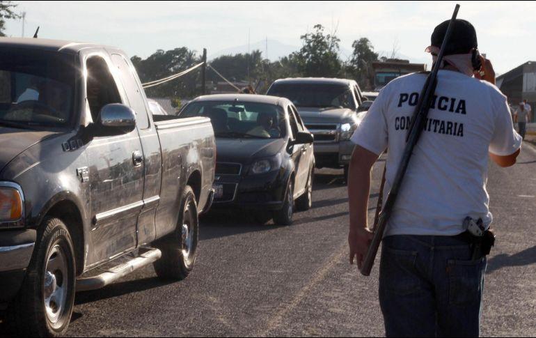 Autodefensas de ocho municipios en Michoacán se movilizan tras enfrentamientos; temen que el CJNG irrumpa en sus poblados
