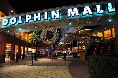 Resultado de imagem para dolphin mall