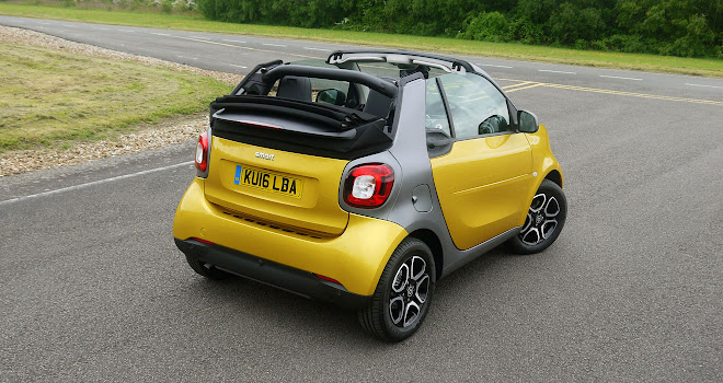 Smart ForTwo Cabrio roof open