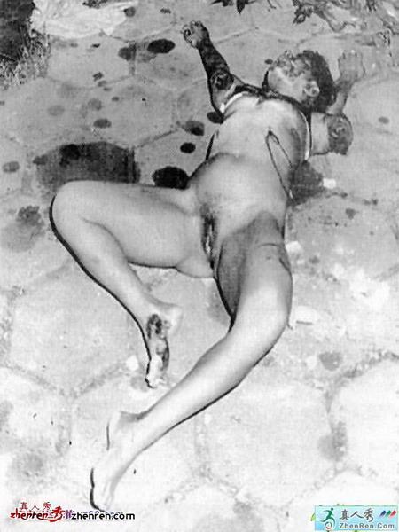 Убитых показать девушек голых
