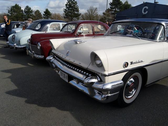voitures anciennes Cadillac Montclair