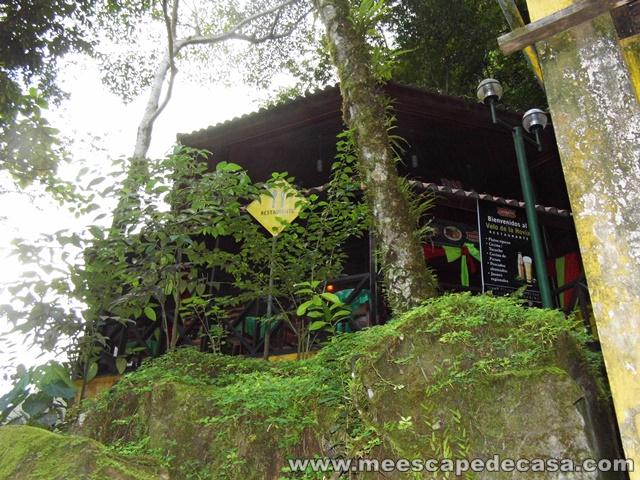 Recreo en Catarata Velo de la Novia, Aguaytía (restaurante)
