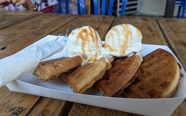 waffle aiskrim vanila temerloh