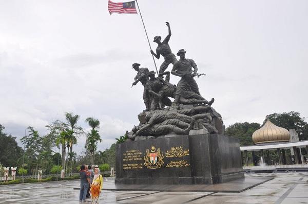 Tượng đài Chiến sĩ vô danh