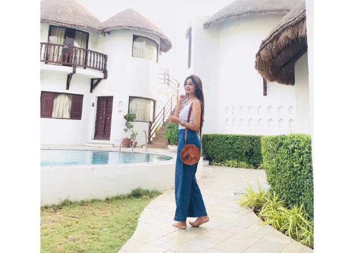 Shraddha-Dangar-Travelling