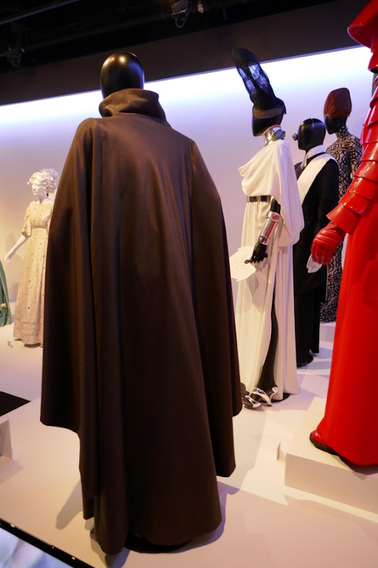 Leia costume back Star Wars Last Jedi