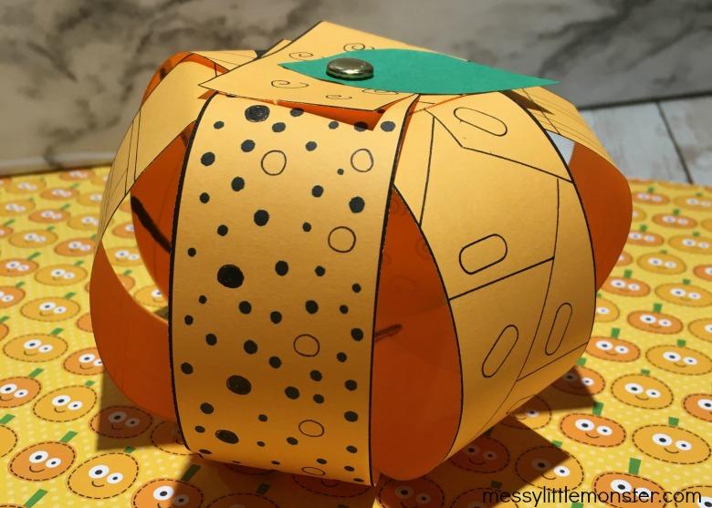 Thanksgiving paper pumpkin craft for kids