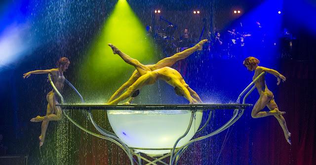cirque alexis gruss Paris 16eme pegase icare spectacle chevaux ecuyer acrobates farfadais photo jacques gavard