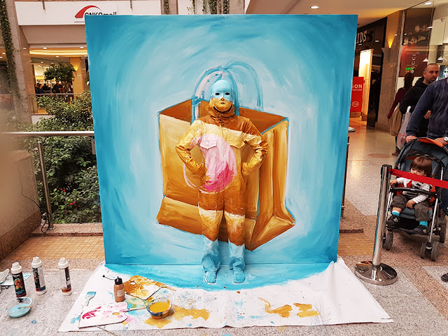 Flesh and Acrylic - Body Painting - Ben Heine Art - Ankamall Live Performance - Shopping Bag