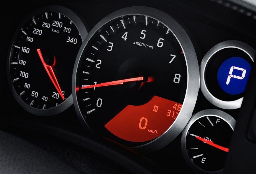 Nissan GTR Speed Meters – Orignal Dials Wallpaper | Babe Otomotif
