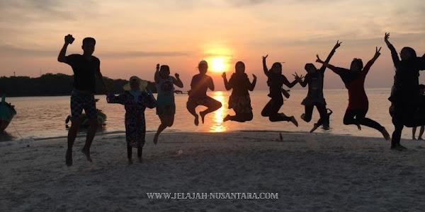 aktivitas wisata open trip dan private trip pulau harapan