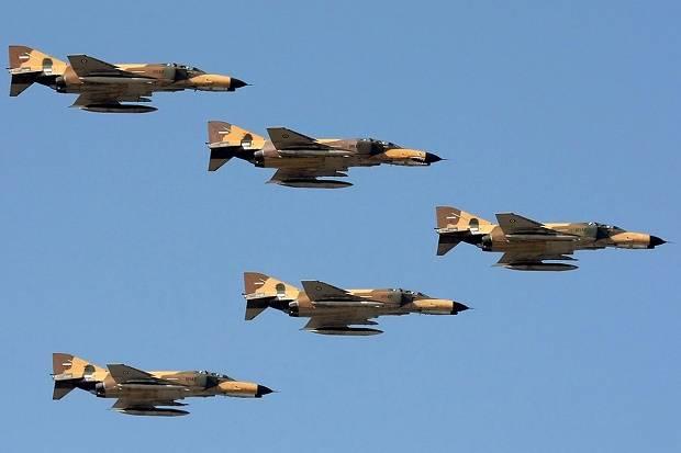 Militer Iran Tunjukan Kemampuan Tempur Udara Selama Tiga Hari