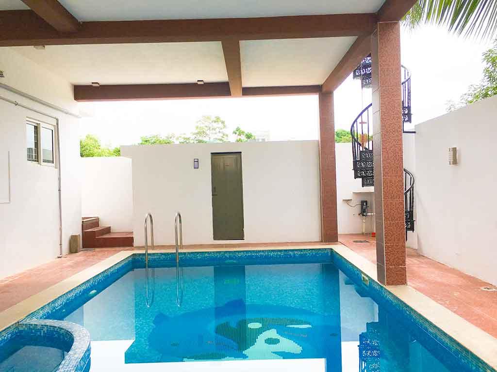 esha villa swimming pool